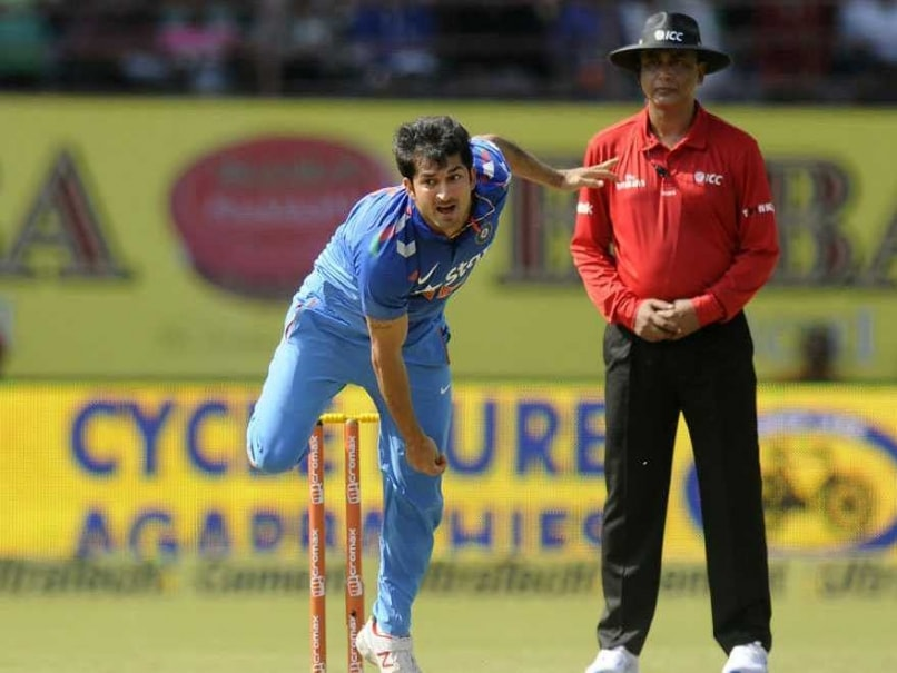 Mohit Sharma Sole Shot 1st ODI