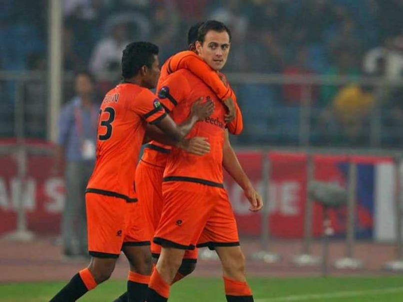 Indian Super League: Delhi Dynamos Drub Chennaiyin FC 4-1 as Wim Raymaekers Scores Fastest Goal