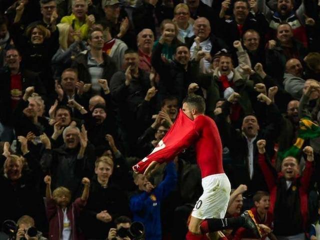 Robin van Persie Set to Add to Manchester Uniteds Firepower at Swansea