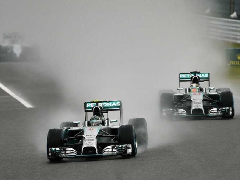 Russian GP: Nico Rosberg Tops Lewis Hamilton in Opening Practice Amid Support for Jules Bianchi