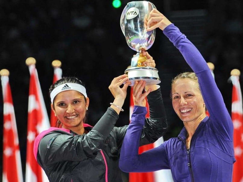 Sania Mirza-Cara Black Win WTA Finals in Maiden Appearance