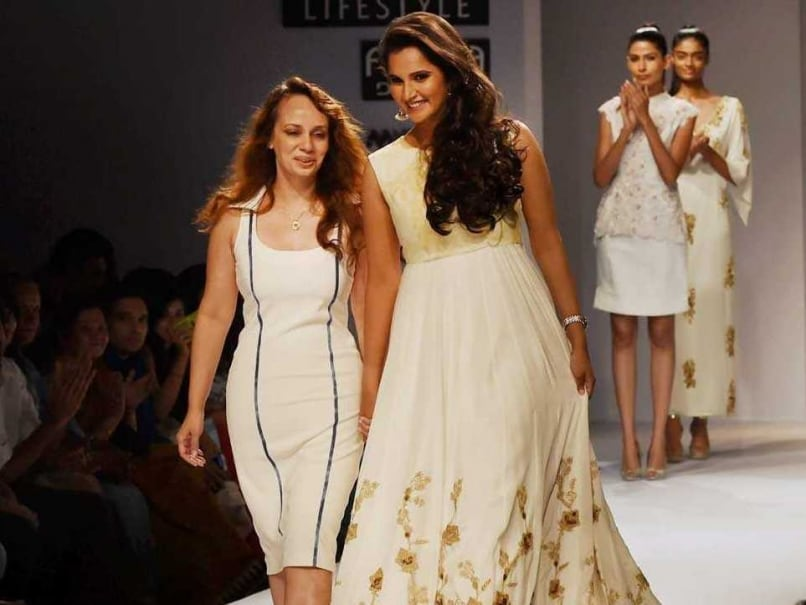 Sania Mirza Dazzles on Ramp, Tennis Queen Says No to Bollywood
