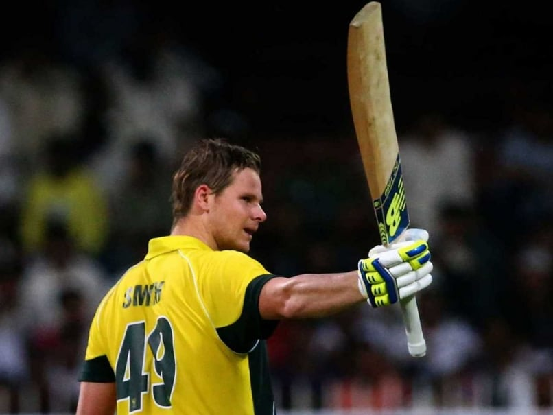1st ODI: Steven Smith, Mitchell Johnson Lead Rout vs Pakistan