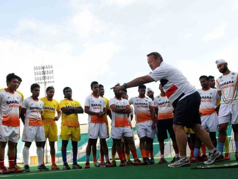 Terry Walsh, SAI Boss Trade Charges; Hockey Coach Hints at 'Peace'