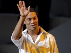 Brazil Former Star Ronaldinho Quits Fluminense