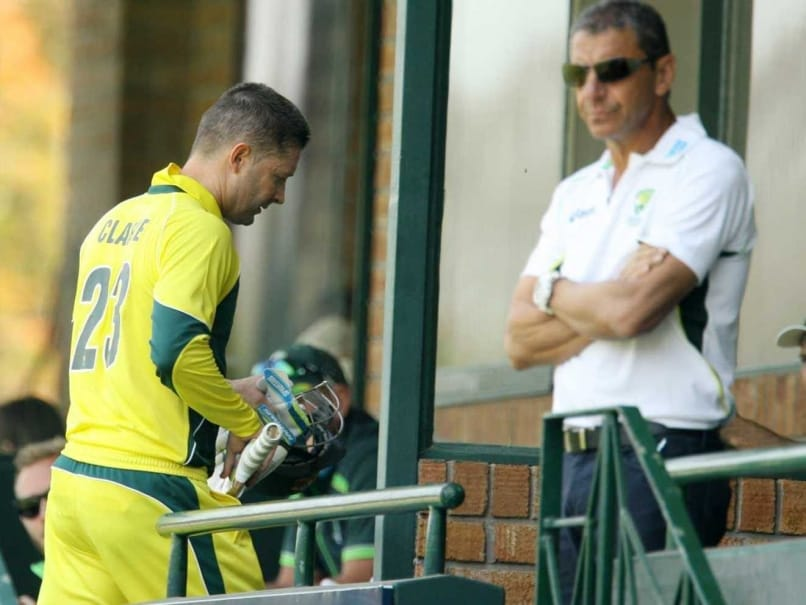 Injured Michael Clarke in Race to be Fit for Pakistan