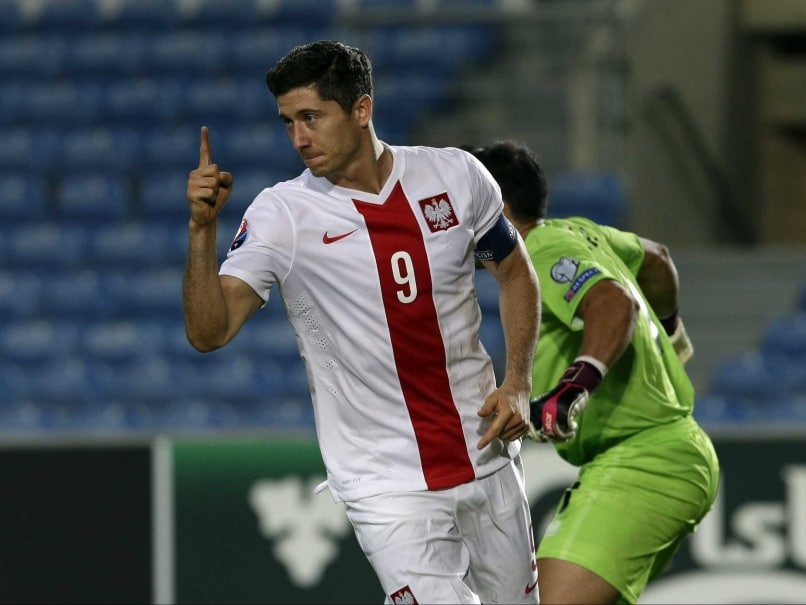 Robert Lewandowski-Inspired Poland Hit Gibraltar for Seven