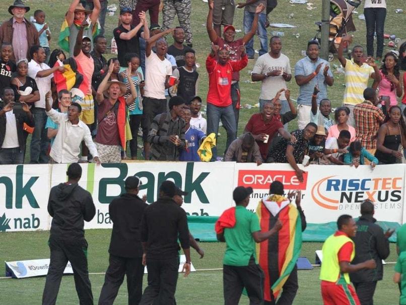Zimbabwe President Robert Mugabe Hails Team's Historic Win vs Australia