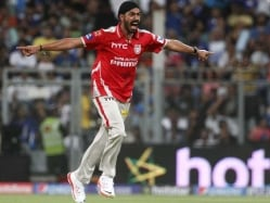 IPL 8: Mitchell Johnson Impressed with Indian Pacers Anureet Singh and Sandeep Sharma