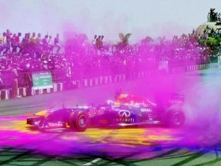 Formula One Veteran David Coulthard Apologises for Tricolour Goof-Up in Hyderabad F1 Show