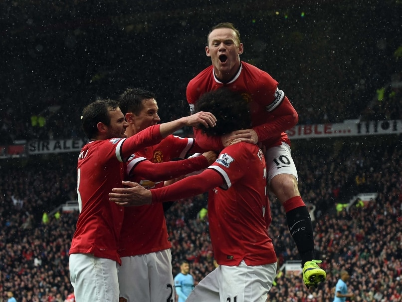Manchester United F.C. Destroy Manchester City F.C. in Derby