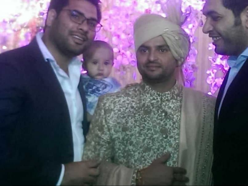 suresh raina wedding ms dhoni n srinivasan dwayne