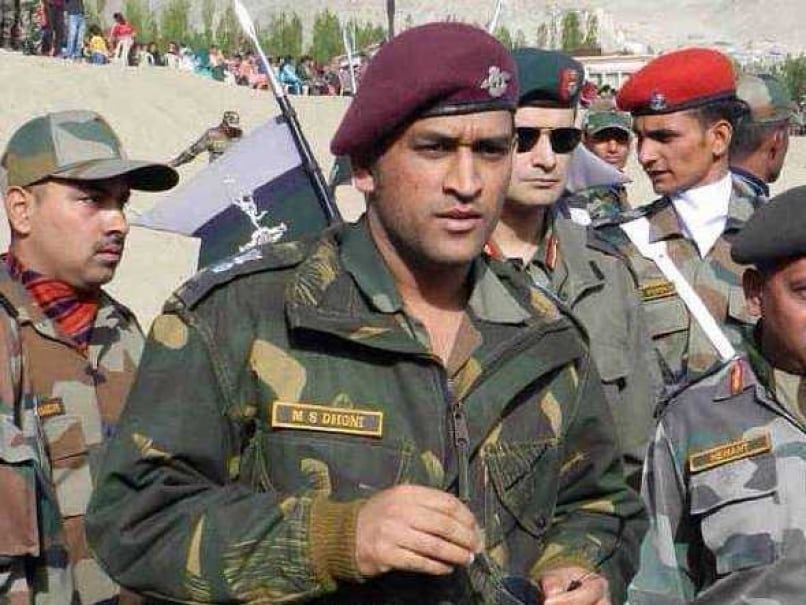 Mahendra Singh Dhoni Says Armed Forces Are Making Sure India is in a Position to Debate on Freedom of Expression