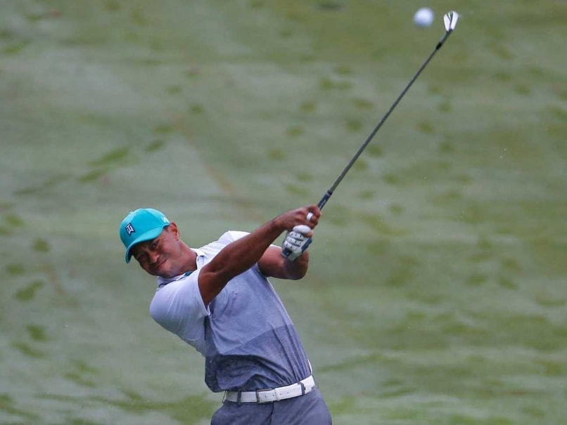 Tiger Woods Roars With Lowest Round in Two Years