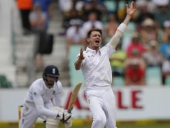 Dale Steyn Ruled Out of Third Test Against England Due to Shoulder Injury