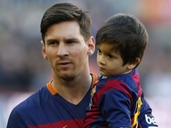 Paris Saint-Germain Have Financial Capability to Sign Lionel Messi: Angel di Maria