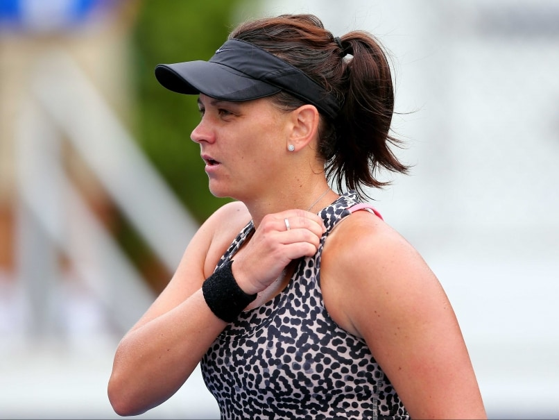 Casey Dellacqua to Miss Australian Open Due to Concussion