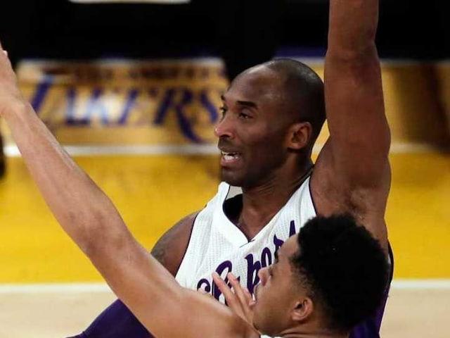 Los Angeles Lakers Lose in Kobe Bryants Last Christmas Game