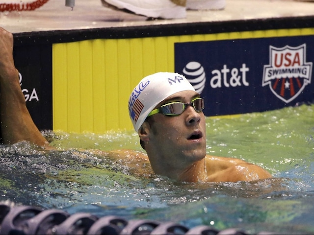 Michael Phelps Rallies to Win Another Title at US Winter National Championships
