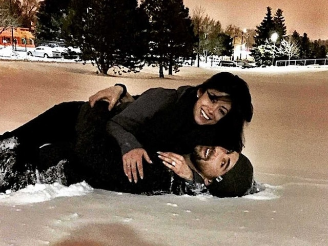 Swimming Legend Michael Phelps Gets Engaged