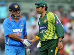 Pakistan Face Psychological Barrier Against India in World Cup: Aaqib Javed