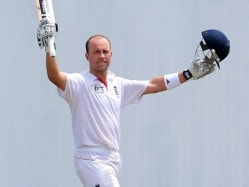 Jonathan Trott Needs to Earn His Place Back: England Coach Peter Moores