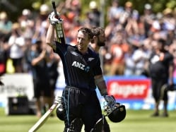 New Zealand's Luke Ronchi Signs for Somerset