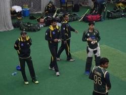 Pakistan's World Cup-Bound Cricketers Meet Survivors of Peshawar Attack