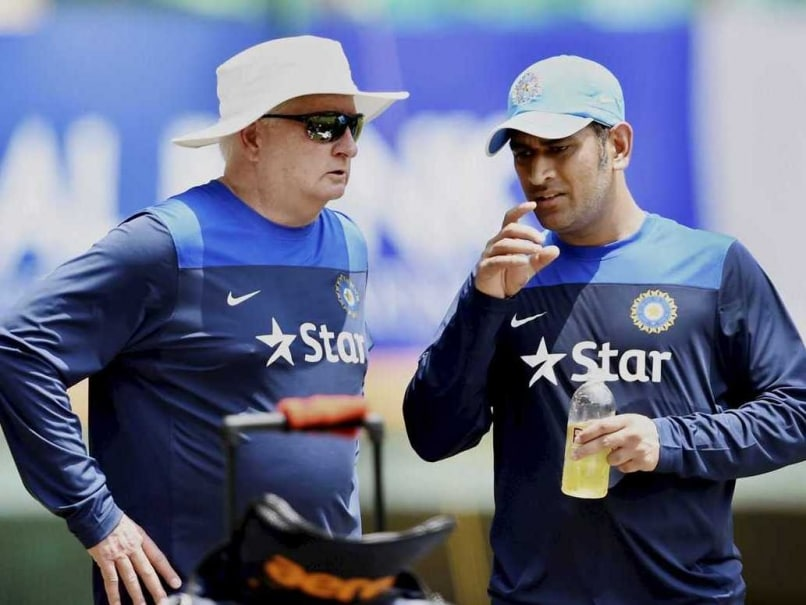 Mahendra Singh Dhoni Gears up for Title Defence, Eyes World Cup Final