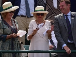 Royal Approval as Duchess Pockets Andy Murray's Sweatband