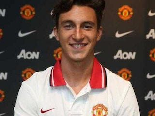 Manchester United Complete Matteo Darmian Deal