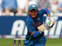 Harmanpreet Kaur Signs For Sydney Thunder in Woman's Big Bash League