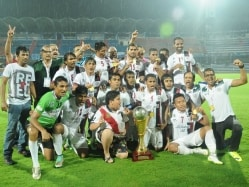I-League Winning Coach Sanjoy Sen Renews Contract With Mohun Bagan