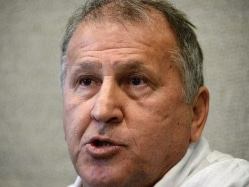 Zico Declares he Will Bring Transparency, Democracy to FIFA