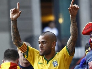 Dani Alves Recalled to Brazil Squad for World Cup Qualifiers