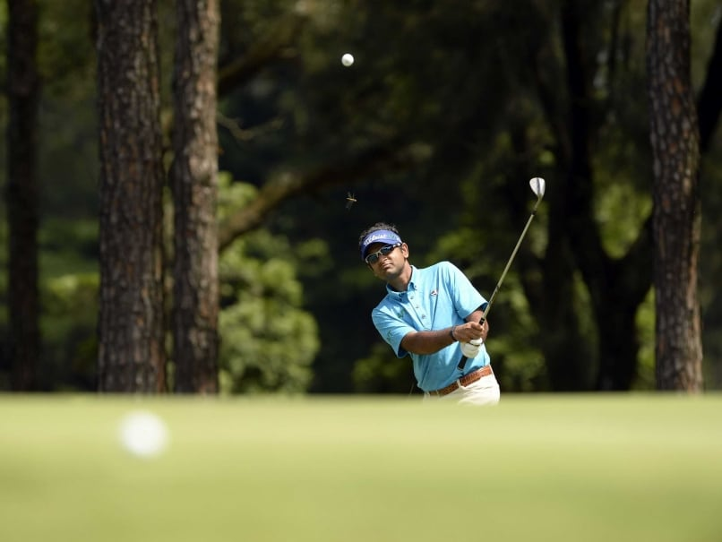 Chiragh Kumar Holds One-Shot Lead Over Siddikur Rahman in Panasonic Golf