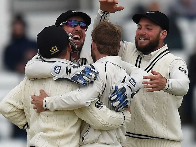 BJ Watling Says New Zealand Fizzed Over Pink Ball Test