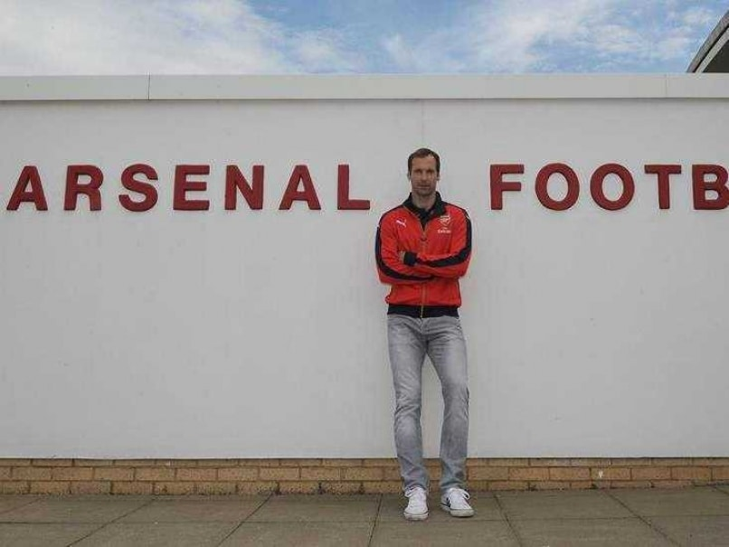 Petr Cech Joins Arsenal From Chelsea