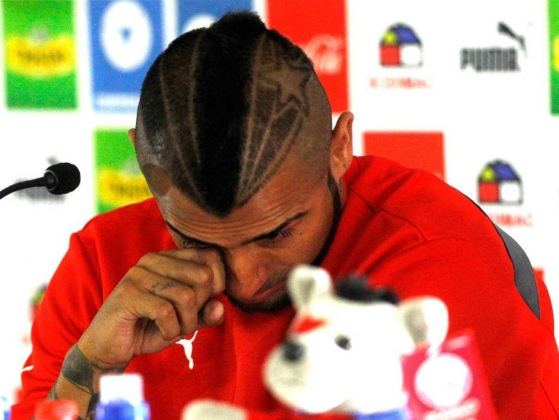 Chile Football Star Vidal Sobs After Crashing His Ferrari