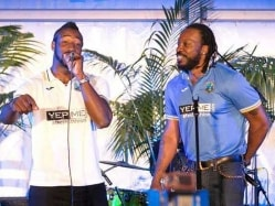 West Indies Players in Love with Nelson Mandela's 'Long Walk to Freedom'