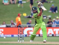 Shahid Afridi Completes 8000 ODI Runs, the Long and Short of it