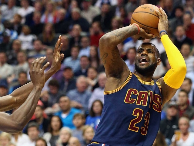 LeBron James Powers Cleveland Cavaliers to Biggest-Ever Rout of Dallas Mavericks