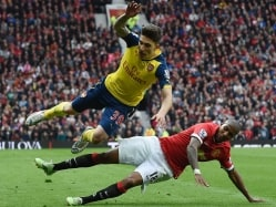 Arsenal Thwart Manchester United to Consolidate Third Spot