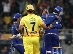 IPL 2015: Police Arrest Five People for Betting on Chennai Super Kings vs Mumbai Indians Match