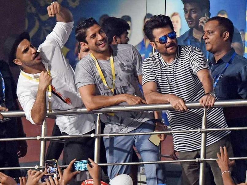 IPL 2015 Final Diary: Mohammed Azharuddin Has Some Cool Tips for Hot Virat Kohli; Gavaskar Turns Mimic