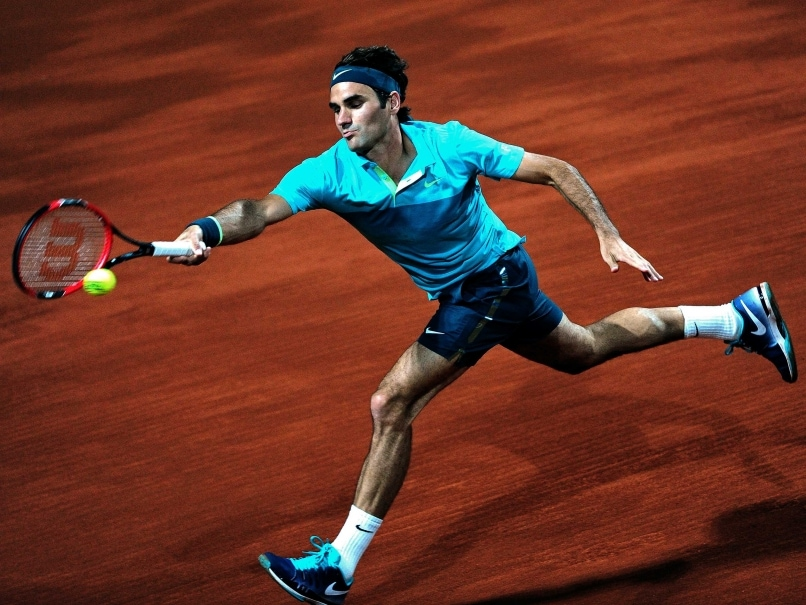 Edgy Roger Federer Survives Diego Schwartzman Test to Reach Istanbul Final