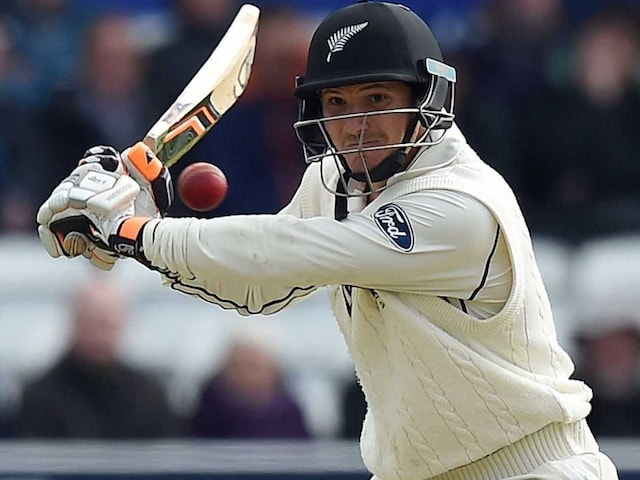 2nd Test, Day 3: BJ Watlings Unbeaten Ton Scripts 338-Run Lead for New Zealand