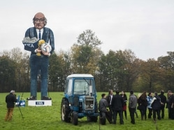 Sepp Blatter's Effigy to be Burnt in British Bonfire Party