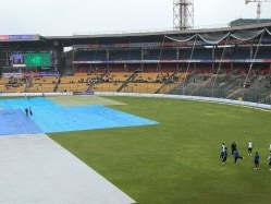 India vs South Africa Bangalore Test Highlights Day 4: Rain, Wet Outfield Wash Out Play For the Third Consecutive Day
