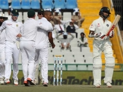 India vs South Africa Mohali Test: Sunil Gavaskar Hits Back at Kapil Dev's Jibe at Mumbai School of Cricket